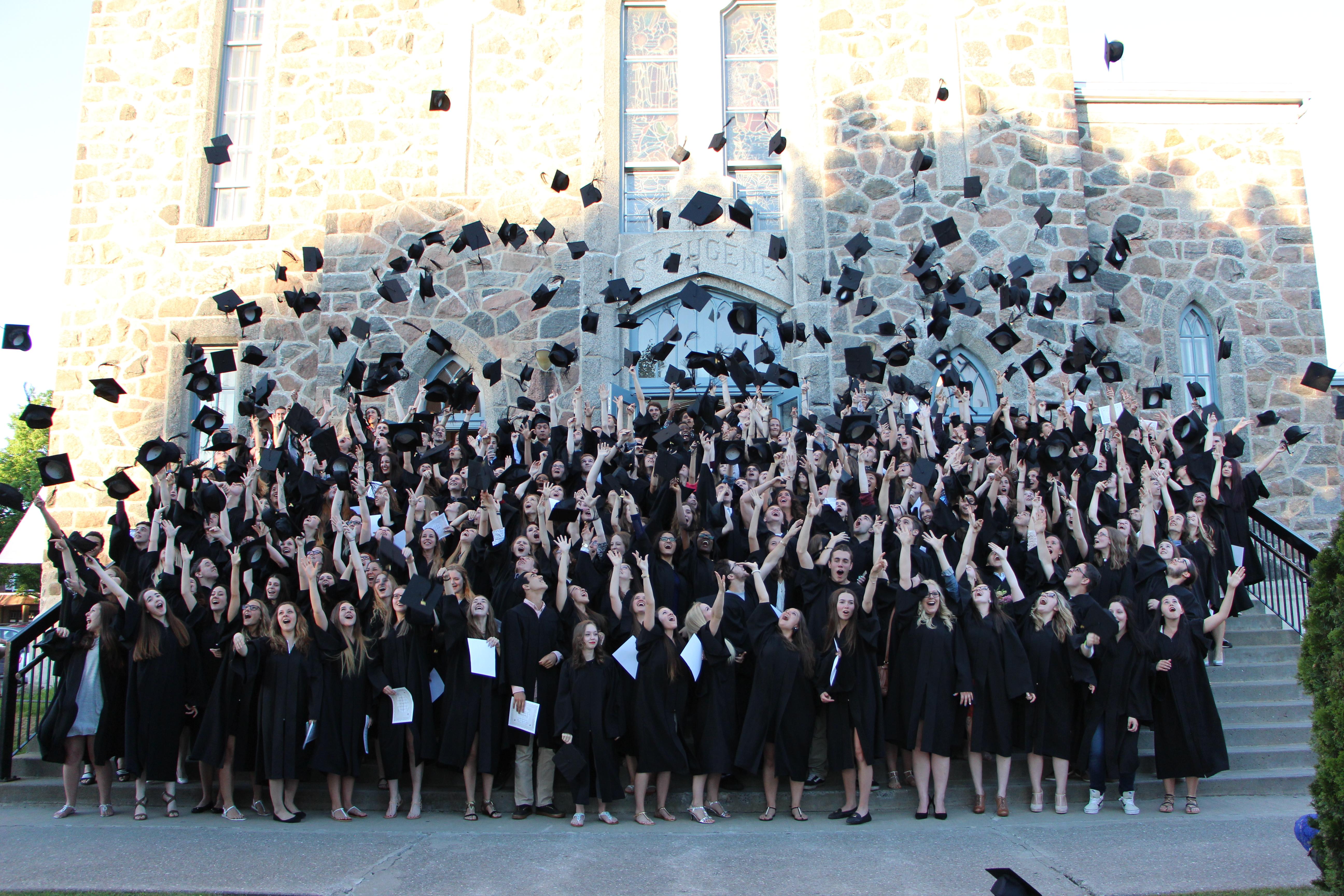 Remise des diplômes pour les finissants 2015-2016 !